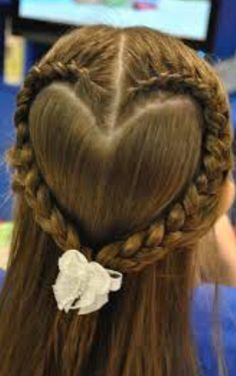 I love these heart shaped braids!!!