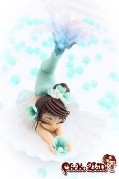 Perlina Mermaid - Chocolate handmade girl by ChokoLate Fondant Cookies, Fondant Toppers, Cupcake Cakes, Cupcakes, Fondant Figures, Clay Figures, Beautiful Cakes, Amazing Cakes, Show Da Luna