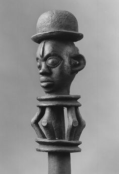 Brooklyn Museum 1993.179.5 Paddle with Two Figural Carvings (4).jpg