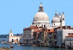 Gran Canal de Venecia - Santa Maria della Salutte y Punta della Dogana