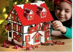 Traditional Wooden Red House Advent Village XMAS Display Calendar East India New Wooden House Advent Calendar, Advent House, Advent Box, Diy Advent Calendar, Calendar Home, Christmas Calendar, Christmas Countdown, Christmas Art, Xmas
