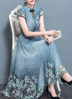 Next Post Previous Post Plus Size Keyhole Women Swing Daily Vintage Short Sleeve Printed Floral Dress Vintage Swing Keyhole Chiffon-Kleid. Floral Dress Outfits, Casual Dresses, Fashion Dresses, Loose Dresses, Floral Chiffon, Chiffon Dress, Floral Gown, Ball Gown Dresses, Evening Dresses