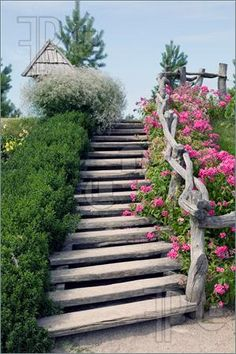 This would be beautiful in my front yard!  I want this!   enhanced stair rail