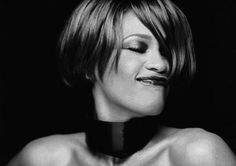 R.I.P. Whitney Houston - what an amazing voice and such a pretty lady