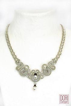 NOC-N107, nocn107, bridal necklaces, white necklaces, pearl necklaces,
