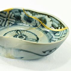 Kintsugi repair is Japanese technique repair broken pottery with gold mixed with epoxy or lacquer. Dates back to 15th century when the gold was mixed with lacquer from a Chinese tree. Image from...