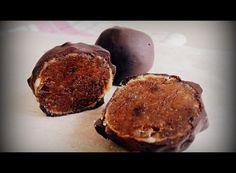 Mogyoróvajas bonbon Muffin, Breakfast, Food, Candy, Morning Coffee, Essen, Muffins, Meals, Cupcakes