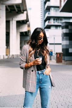 Anine Bing Madeleine Blazer paid boyfriend mom jeans top shop stella luna pointed mules fall fashion outfit style blogger not your standard kayla seah