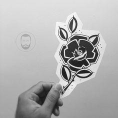 Tatuador disponível pra tatuar essa frô Orçamento e agendamento: jv.mais@hotmail.com #rose #draw #ink #oldschool #blackwork #brazil (em Maori Tattoo Studio)