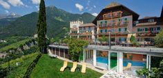 Willkommen im ersten Hundehotel im Meraner Land in Südtirol, dem Hotel Mair am Ort in Dorf Tirol. www.tierischer-urlaub.com - Urlaub mit Hund oder Katze