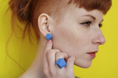 #Geometric #ring #earring #minimal #polymer #geode #cut #edgy #urban #industrial #architecture #jewellery #colors #fashion Polymeric Materials, Industrial Architecture, Urban Industrial, Minimal, Gems, Fancy, Drop Earrings, Jewellery, Trending Outfits