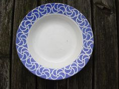 Antique French plate from Digoin Sarreguemines. par Birdycoconut