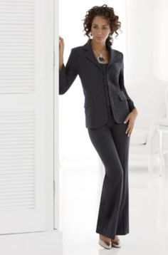 Need a businesslike suit for interview? This is a good one ...