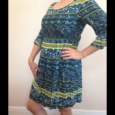 Feathers multi-color dress Cute and comfy! Dresses