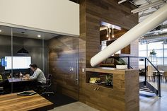 Another Look Inside Dropbox's San Francisco Headquarters | Officelovin
