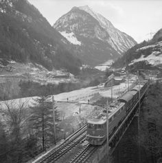 Nationalstrasse, im Gotthardgebiet. Swiss People, Swiss Railways, 19th Century, History, Travel, Literature, Trips, Viajes, Historia