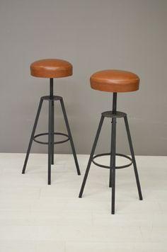 Barkrukken / Set of two bar stools 22035/36