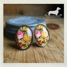 Vintage Rose. Post Earrings  Vintage-Style Pink by PickleDogDesign