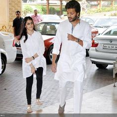 Actor couple, Genelia D'souza and Riteish Deshmukh grace Priyanka Chopra's father Ashok Chopra's prayer meet, held at JW Marriott, in Mumbai, on June Punjabi Men, Punjabi Dress, Bollywood Celebrities, Bollywood Actress, Genelia D'souza, Indian Kurta, Indian Designer Suits, Indian Men Fashion, Churidar
