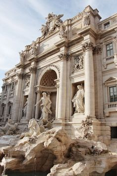 The Trevi Fountain, Rome, Italy The Effective Pictures We Offer You About italy aesthetic boy A quality picture can tell you many things. You can find the most beautiful pictures that can be presented City Aesthetic, Brown Aesthetic, Travel Aesthetic, Aesthetic Photo, Aesthetic Pictures, Aesthetic Statue, Aesthetic Pastel, Aesthetic Vintage, Aesthetic Clothes