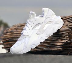 Nike Air Huarache – White / White – Pure Platinum