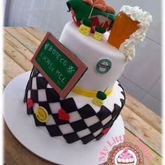 Bolo boteco !! 100% comestível Todo personalizado de pasta americana !! #bolobuteco #bolopersonalizado #bolopastaamericana #cake #mylittlecandy