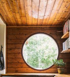 Circle window.