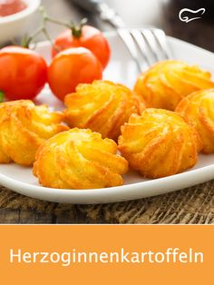 Finger Food Appetizers, Finger Foods, Appetizer Recipes, Snack Recipes, Dinner Recipes, Halloumi Burger, Good Food, Chips, Food And Drink