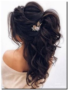 DIY Ponytail Ideas You're Totally Going to Want to Frisuren, Formal Ponytail Hairstyle; Wedding Hairstyles For Women, Wedding Hairstyles Half Up Half Down, Daily Hairstyles, Unique Hairstyles, Hairstyle Wedding, Bridesmaids Hairstyles, Bride Hairstyles Down, Ponytail Wedding Hair, Hairstyle Ideas