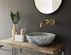 8 howne blog conseil astuces déco decorer sa salle de bain trouver un meuble vasque detourner meuble ancien brocante etabli