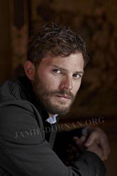 New Photoshoot of Jamie. Thanks to Jamie Dornan Online