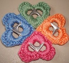 Crochet Pattern: Pull Top Hearts By Lisa Gentry Soda Tab Crafts, Can Tab Crafts, Crochet Crafts, Yarn Crafts, Crochet Projects, Diy Crafts, Pop Top Crochet, Pop Top Crafts, Pop Can Tabs