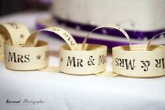 Nice Mr & Mrs Paperchain Idea....
