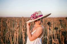Carmen sanchez. #sombreros #tocados Www.carmensanchezshop.com