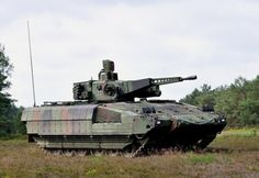 Picture of the Schutzenpanzer Puma The Schutzenpanzer Puma serie IFV is slated to replace the long-running and outgoing Marder family of tracked armored vehicles in the German Army. Army Vehicles, Armored Vehicles, Puma Ifv, Tank Armor, Armored Fighting Vehicle, Battle Tank, Military Weapons, Military Equipment, German Army