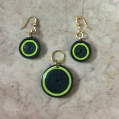 Quilled earrings & pendant
