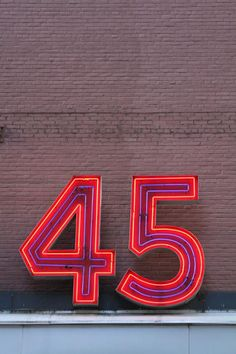 #giantfonts numbers via @timeandtoast