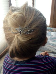 Fairy flexi clip with gleaming aurora borealis accents is perfect for a young girls pretty updo