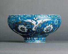 Bowl      Place of origin:      Iznik, Turkey (made)     Date:      ca. 1555-1560 (made)
