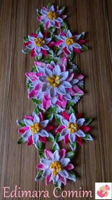 Edimara Comim : Trilho de mesa Flor de Lótus