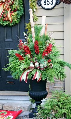 24 Colorful Winter Planters & Christmas Outdoor Decorations - A Piece Of Rainbow