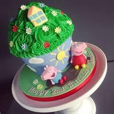 Resultado de imagen para giant cupcake peppa pig