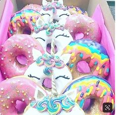 Which one is your favorite? - Baking and Cooking - Donuts Unicorn Foods, Unicorn Gifts, Unicorn Donut, Unicorne Cake, Kreative Desserts, Rainbow Food, Delicious Donuts, Cute Desserts, Aesthetic Food