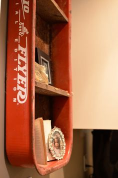 Love this Flea Market DIY shelf! Old wagons are so fun!