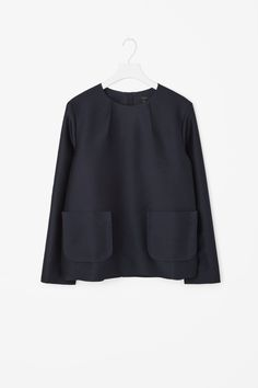 Front pocket top