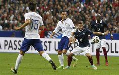 França estraga estreia de Fernando Santos