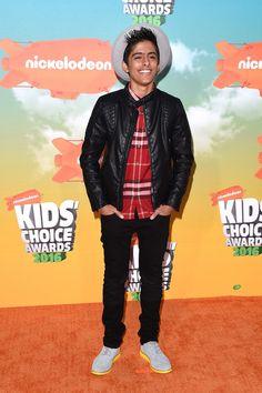 Karan Brar attends Nickelodeon's 2016 Kids' Choice Awards