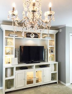El Peterson Design-- Lights in entertainment center Kids Den, Clarendon Hills, Diy Entertainment Center, House Goals, Your Space, My Dream Home, Family Room, Master Bedroom, New Homes