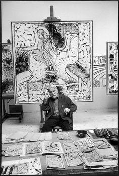 Pierre Alechinsky in his studio, Bougival, 2004 -by Martine Franck Martine… Artist Art, Artist At Work, Studios D'art, Art Pierre, Magnum Photos, Art Plastique, Famous Artists, Oeuvre D'art, Art History