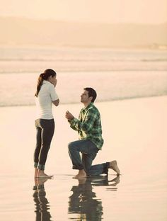 24 adorable surprise proposals that will melt your heart!